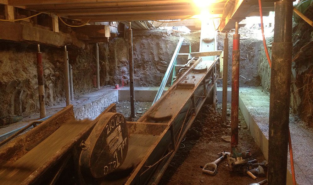Crawl Space And Basement Excavation Toronto The